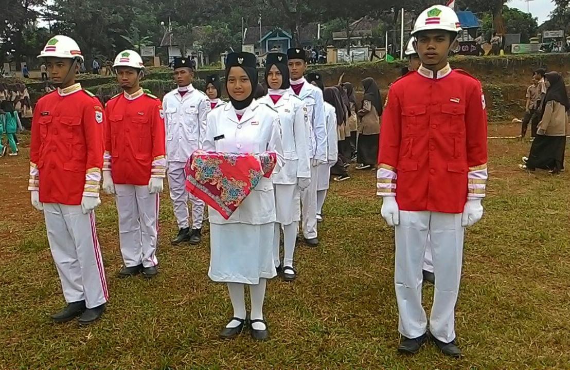 Paskibraka MAN 4 Pandeglang Pengibar Sang Saka Merah Putih Di Momentum Hari Kebangkitan Nasional
