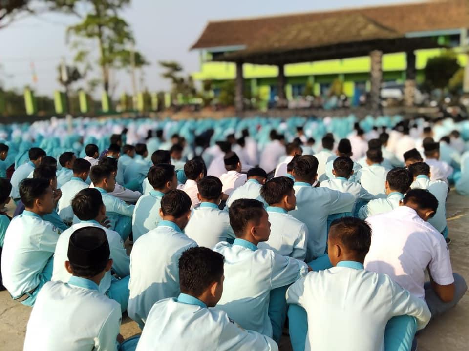 MAN 4 Pandeglang Menggagas Gerakan Literasi Madrasah