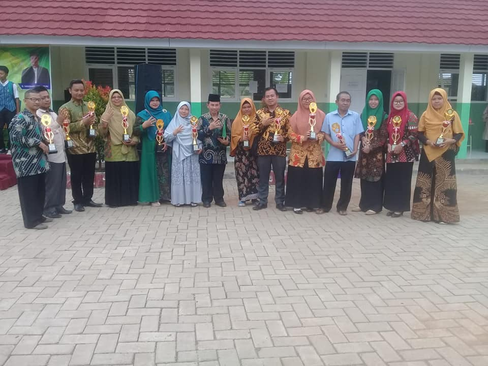 Juara 3 Mapel Ekonomi Kompetisi Sains Madrasah 2019 Kabupaten Pandeglang